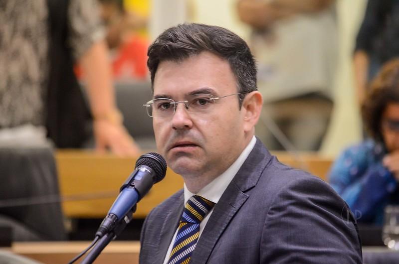 Raniery diz que vai propor ao MDB filiação de João