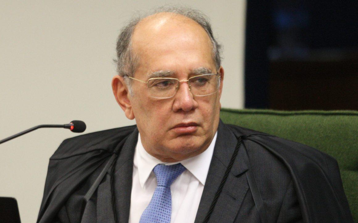 """Ministros Gilmar e Barroso disputam """"paternidade"""""""