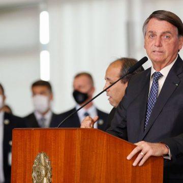 Bolsonaro pode estender auxílio até dezembro