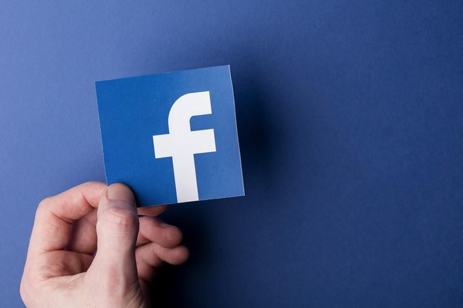 Juiz intima Facebook a retirar perfis fakes do ar