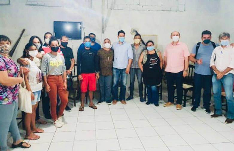 Raoni firma acordo para  reerguer Centro Histórico