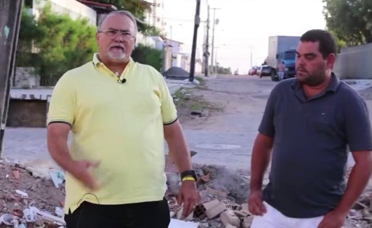 Marcílio critica acúmulo de lixo próximo a escola