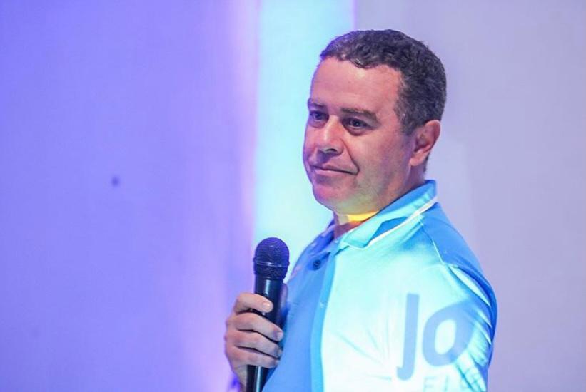 João Almeida é multado e Facebook é arma do MPE