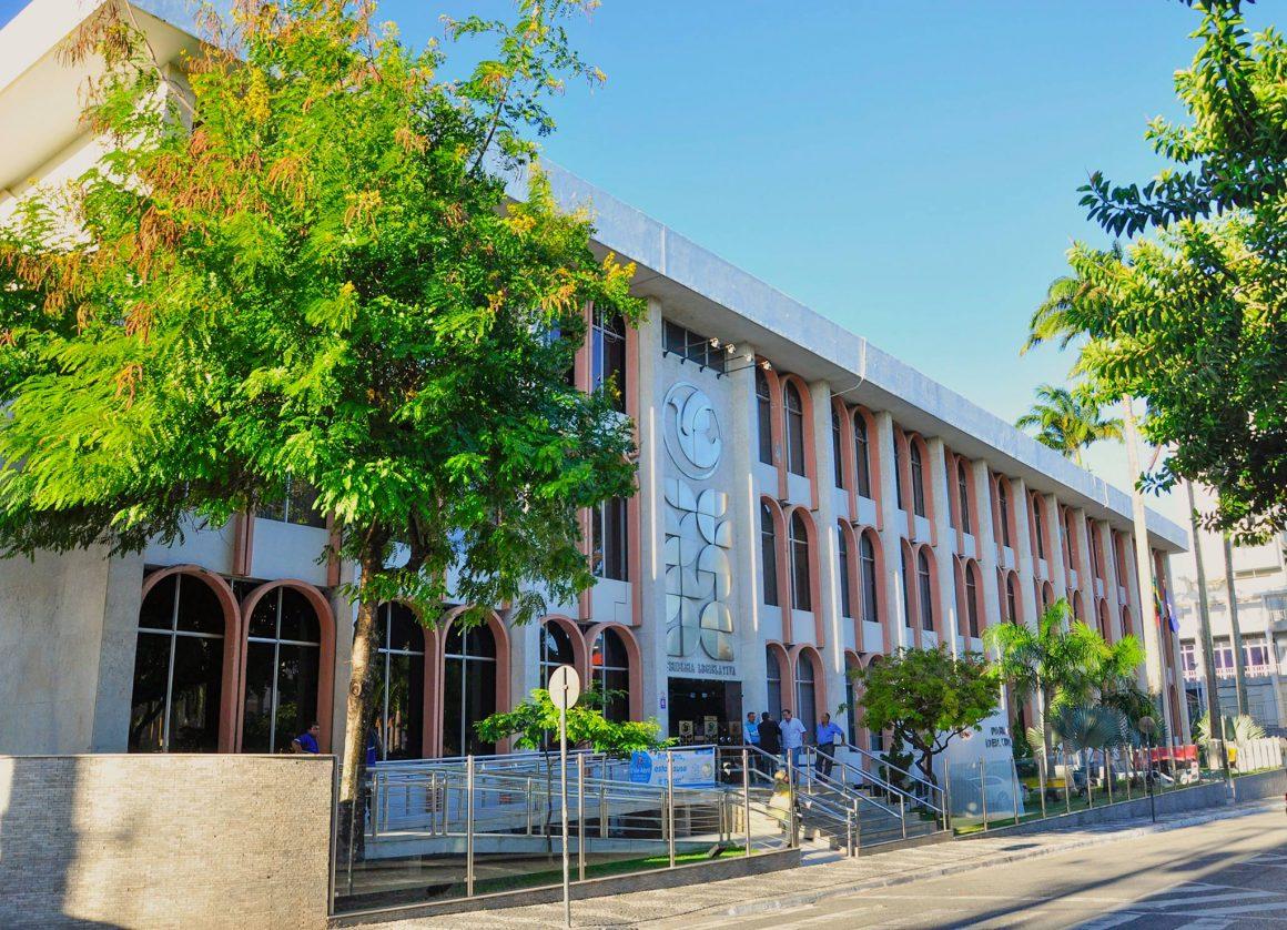 Assembleia retomará sessão presencial em setembro