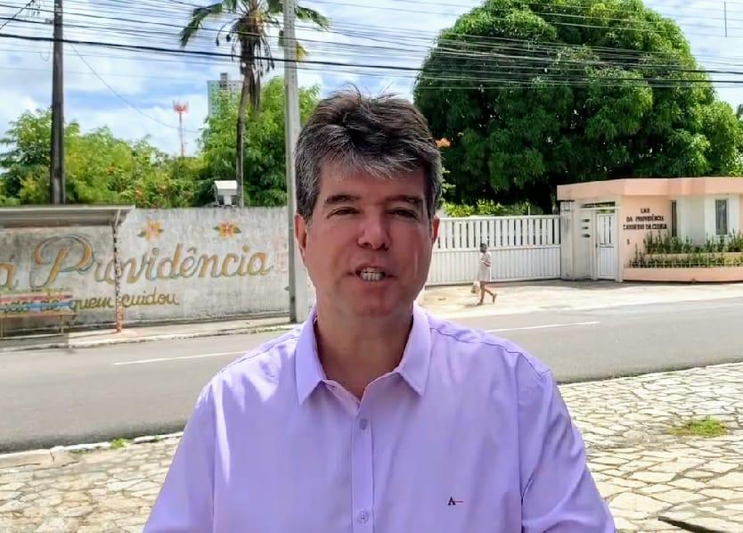 Covid-19: Ruy Carneiro defende vacinação em massa