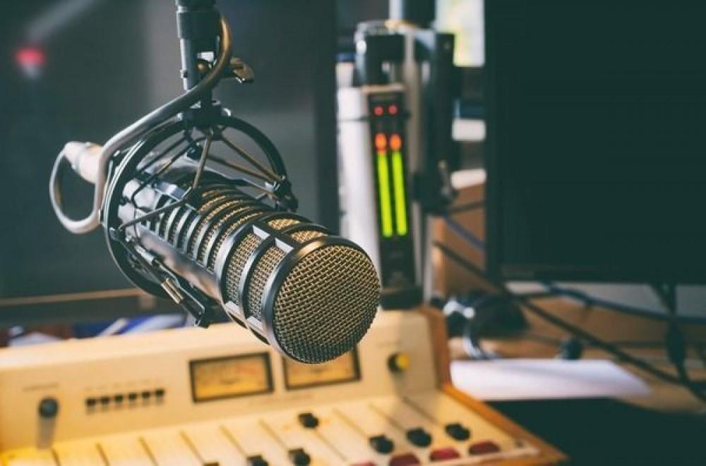 Emissoras de rádio se unem a mensagem de fé