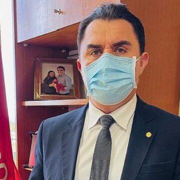 Vacinação em massa na pauta de Wilson Santiago