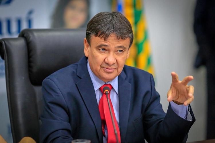 Governadores devem marcar posição sobre crise política