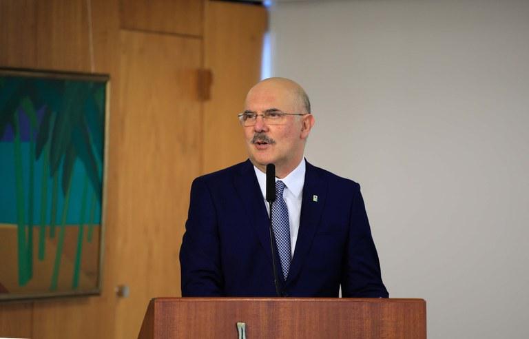 MEC confirma realização do Enem 2021 em novembro