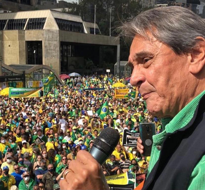 Ministro do STF mira Roberto Jefferson e o PTB