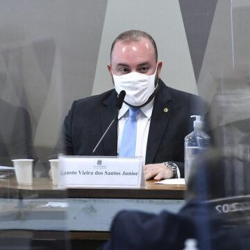 """CPI: deputado entrega senador que """"dedura"""" outro"""