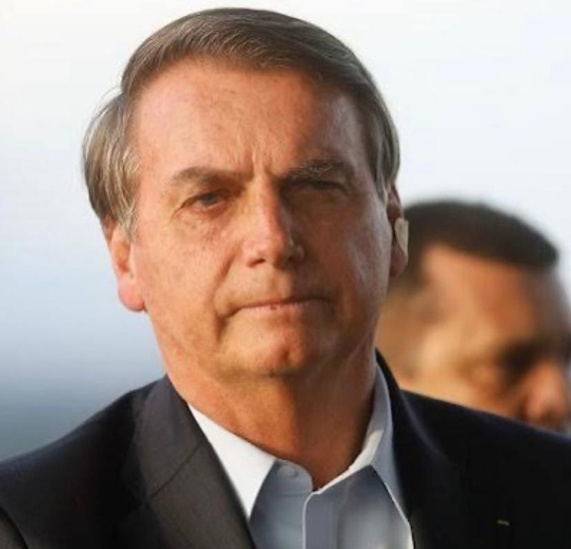 Bolsonaro volta atrás e fundão será de R$ 4 bi