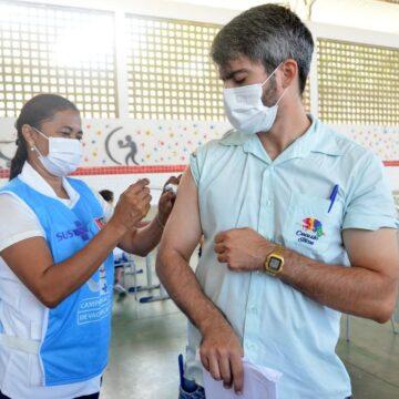 PMJP foca na 2ª dose enquanto espera mais vacina