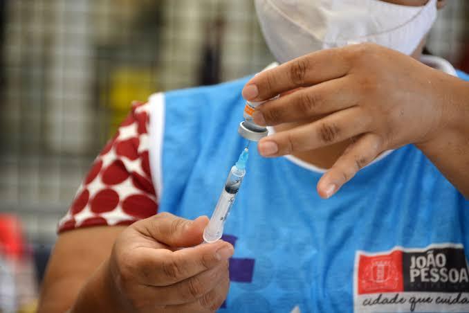 Chegou a vez de quem tem 28+ se vacinar em João Pessoa