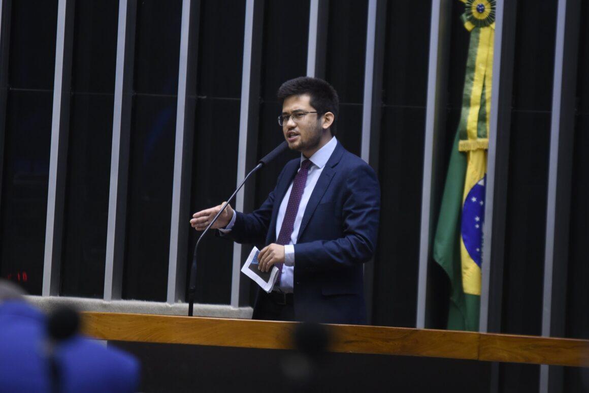 "Pedro sai em defesa da ""emenda anti privilégio"""