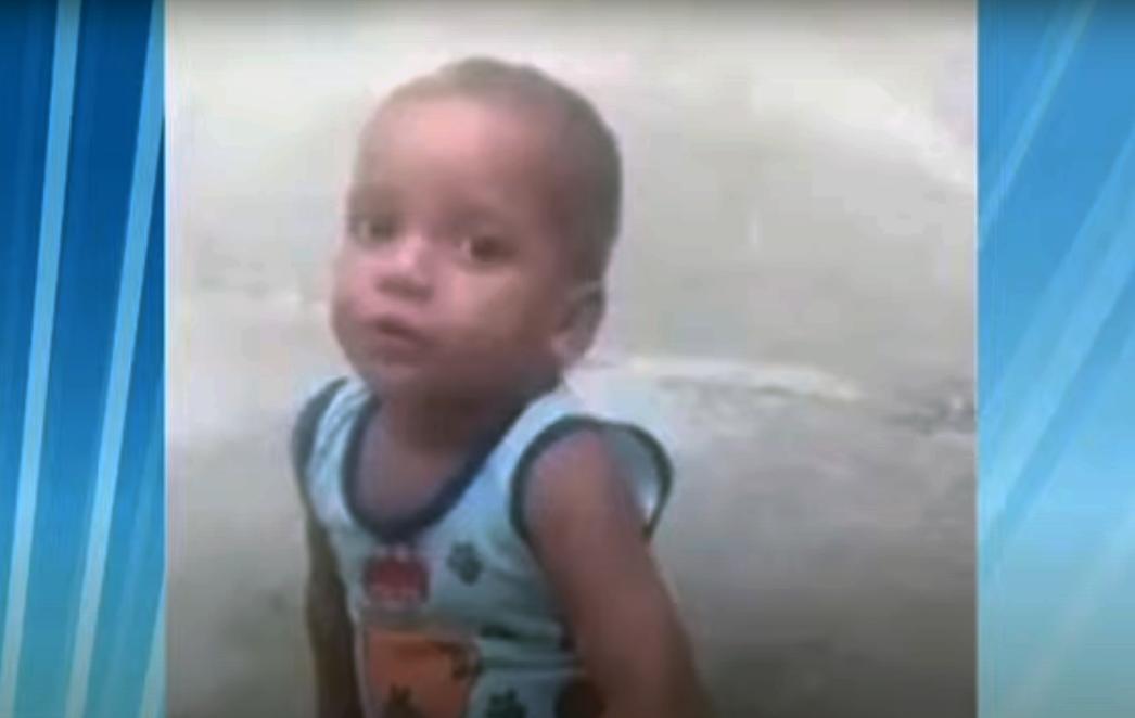 """Criança de 2 anos morta sofreu """"sessão de violência"""""""