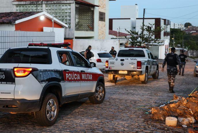 """""""Morabito"""": 13 são presos e carros são apreendidos"""