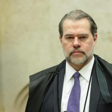 Toffoli dá 48h para Lira explicar urgência de Código
