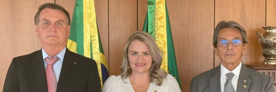 PTB prepara convite formal a Bolsonaro para filiação