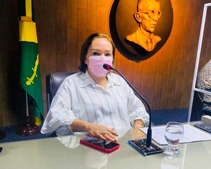 Eva Gouveia avisa que não vai assumir cargo